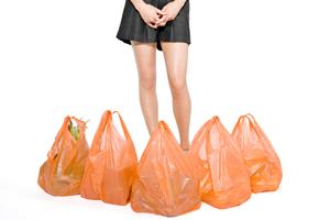 La norma sugli eco shopper rischia di cadere