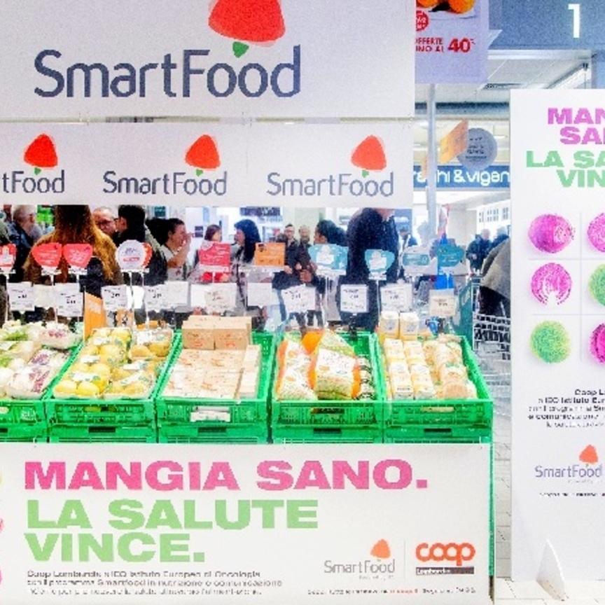 Le isole Smartfood Ieo approdano in tutta la rete di Coop Lombardia