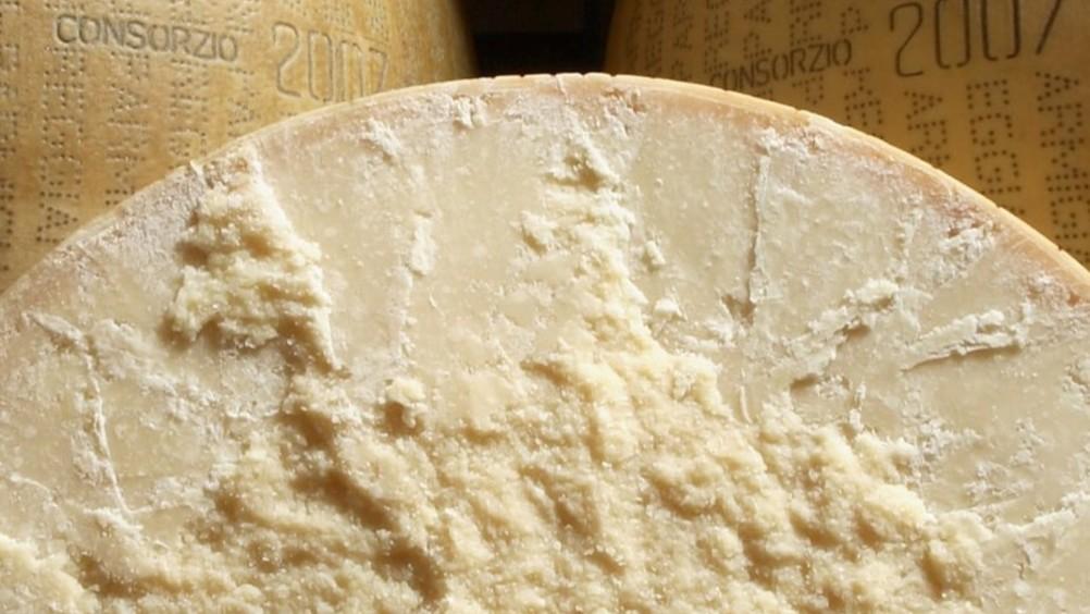 Parmigiano Reggiano: +7,9percento le vendite in Italia e +10,7percento all'estero