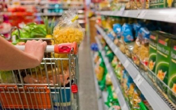 Coronavirus: alcol, salviette e guanti i prodotti più venduti