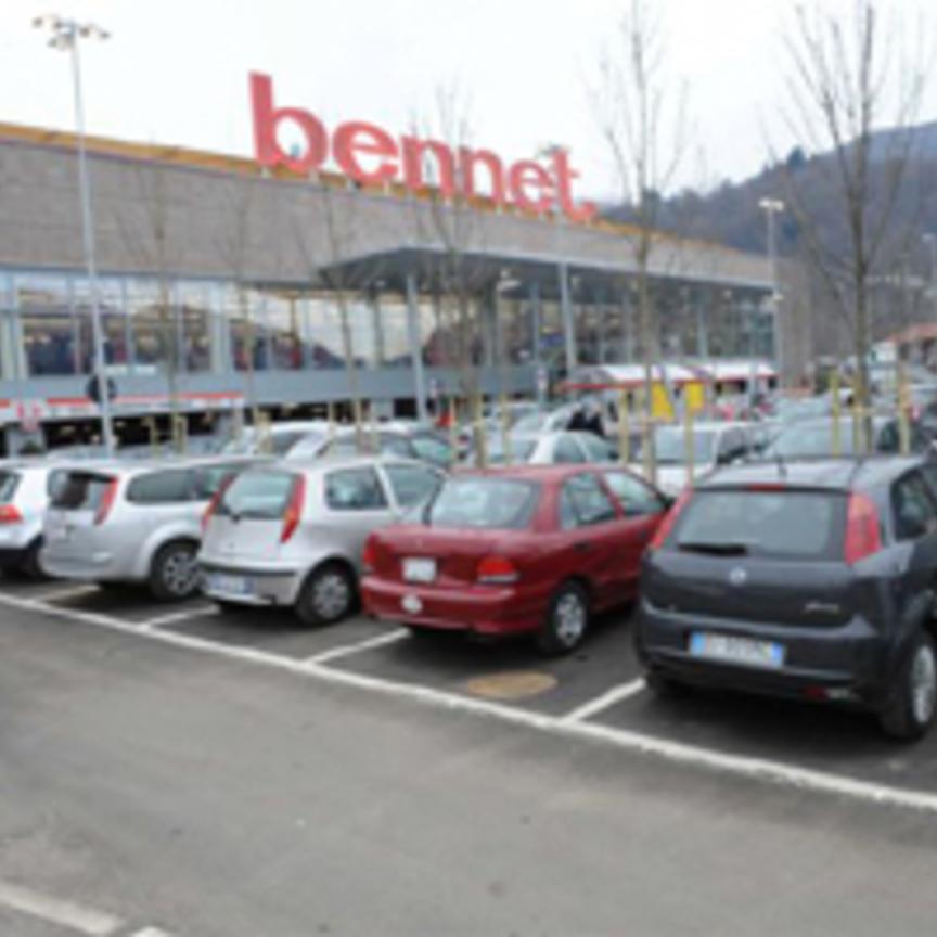 sports shoes 24986 cf214 Bennet apre un nuovo ipermercato a lavena ponte tresa (va ...