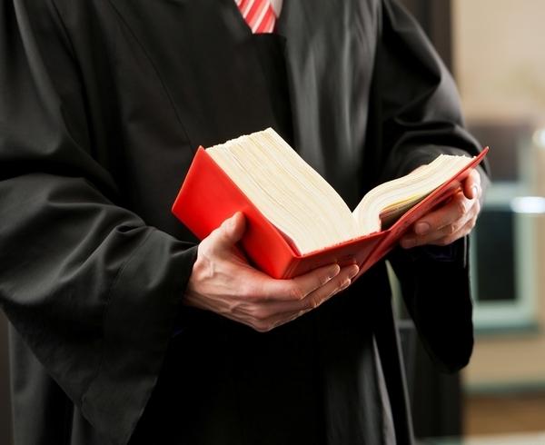 Federdistribuzione annuncia battaglia sul decreto 'Scia 2'