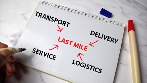 JLL: centri commerciali devastati e logistica a tutta velocità