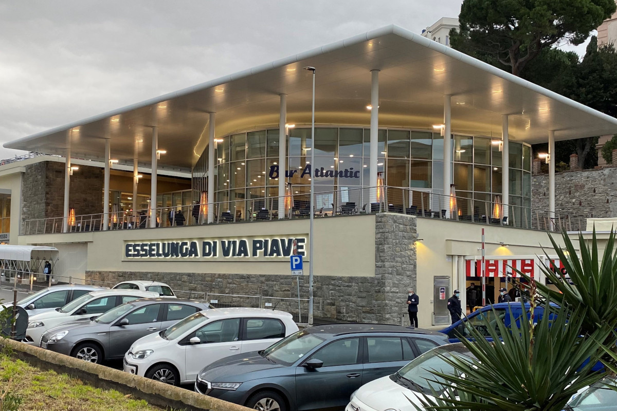 Esselunga punta al Ponente ligure: ad Albenga investe 8,6 milioni per un immobile