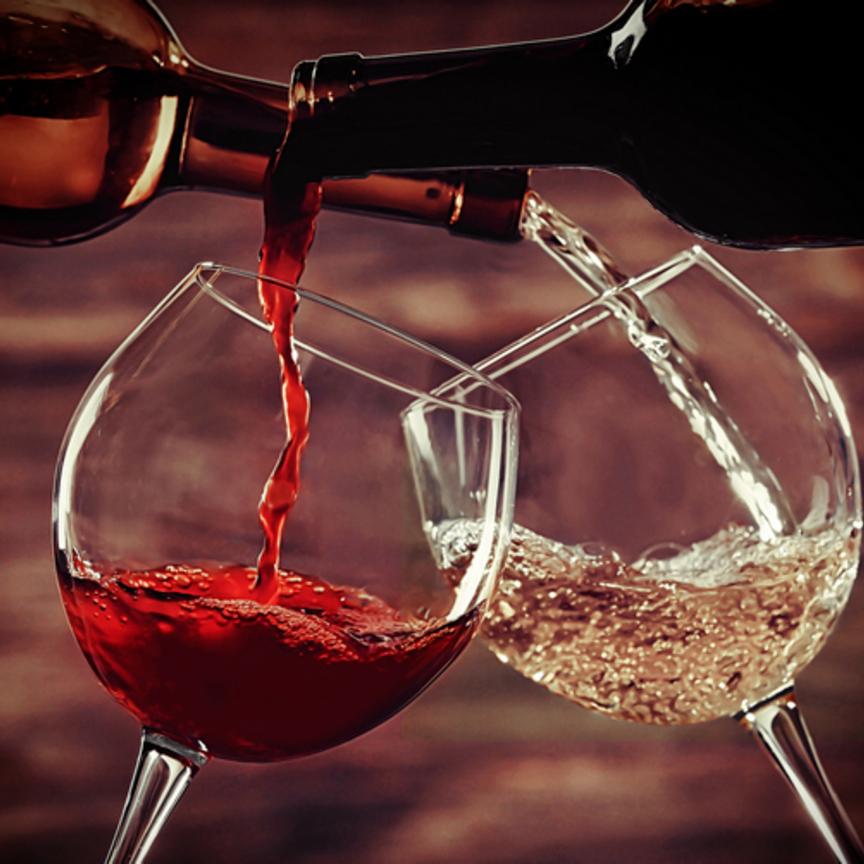 Francia e Italia si rincorrono in un mondo di vini
