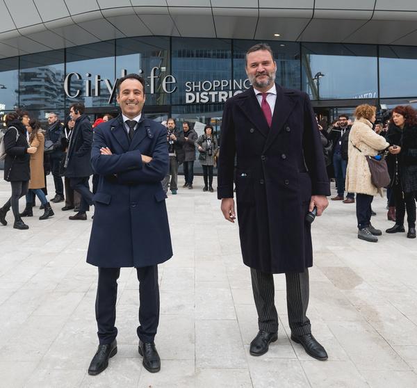 A Milano apre City Life Shopping District: e il mall diventa una via del centro