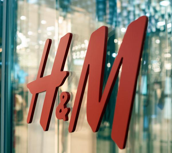 H&M investe ancora nel mercato dell'usato