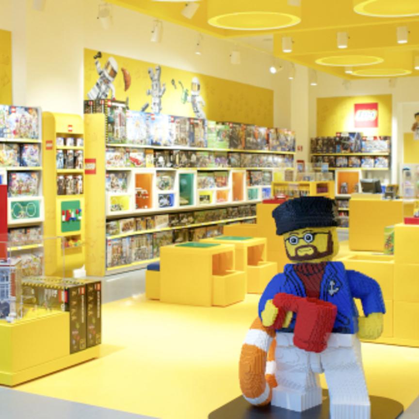Lego certified store apre a orio al serio distribuzione for Lago store bergamo