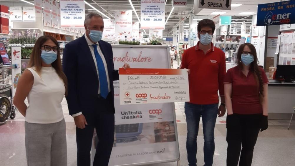 Nova Coop: un'ora donata dai dipendenti alla Croce rossa piemontese