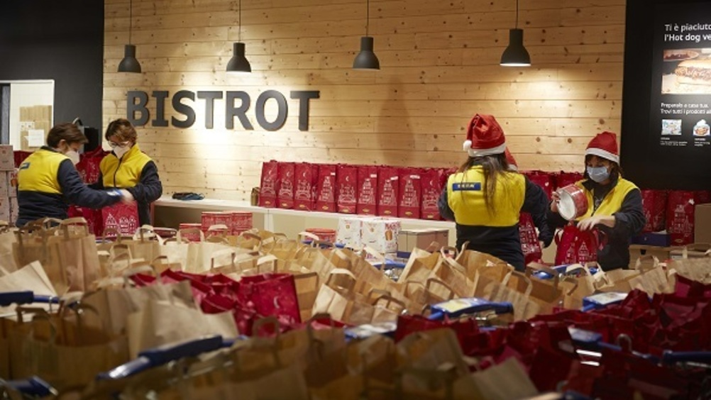 Ikea supporta le famiglie in difficoltà