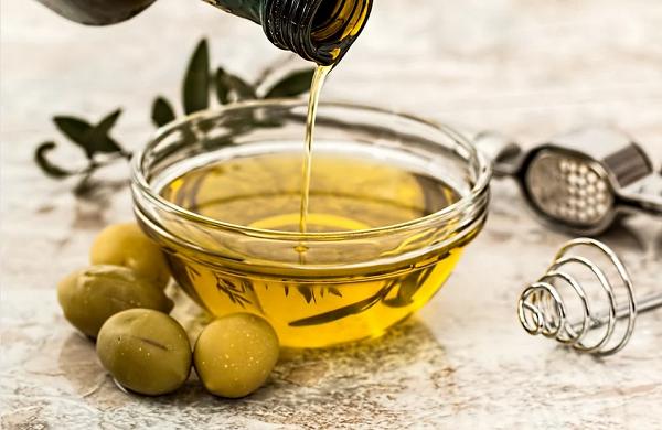 Olio: l'80% degli italiani acquista extravergine