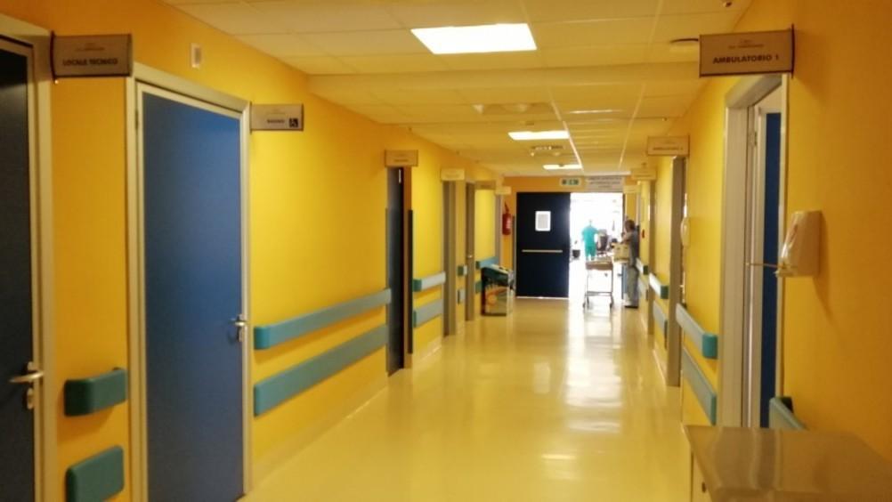 Gruppo Granoro dona emogasanalizzatore, maschere e caschi all'ospedale di Corato