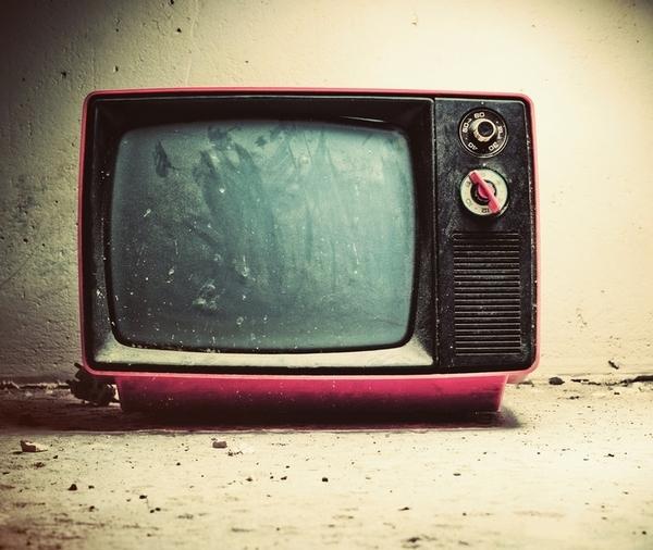 I giovani buttano il telecomando, specie nell'informazione