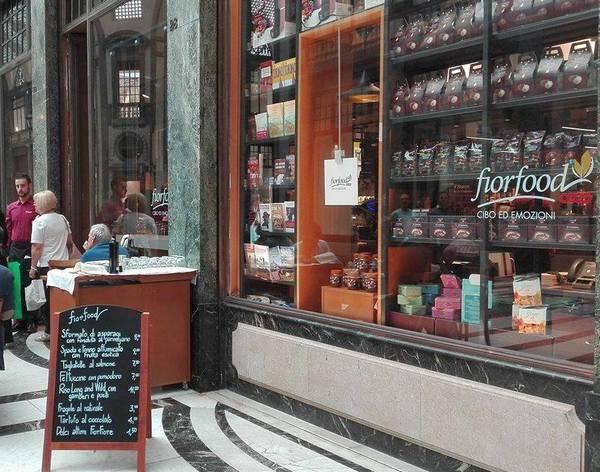 La Credenza Torino Coop : Fiorfood un anno da capogiro per il primo negozio di torino