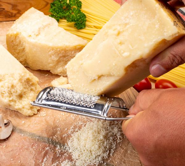 Assolatte: formaggi duri che passione