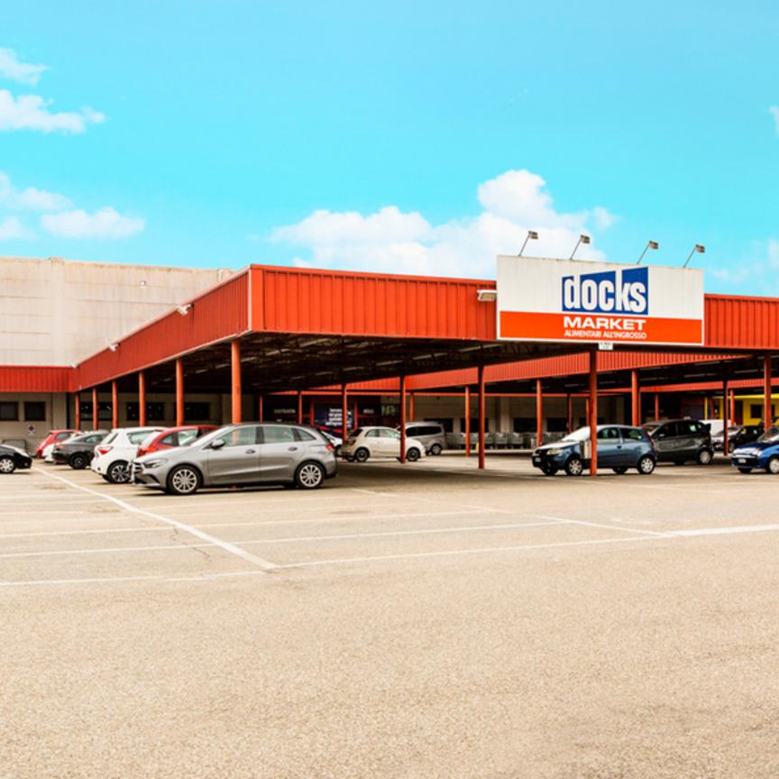 Kryalos acquista la proprietà di 5 cash&carry Carrefour