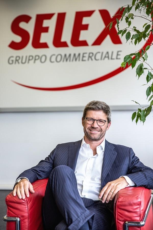 Selex investe nelle marche del distributore
