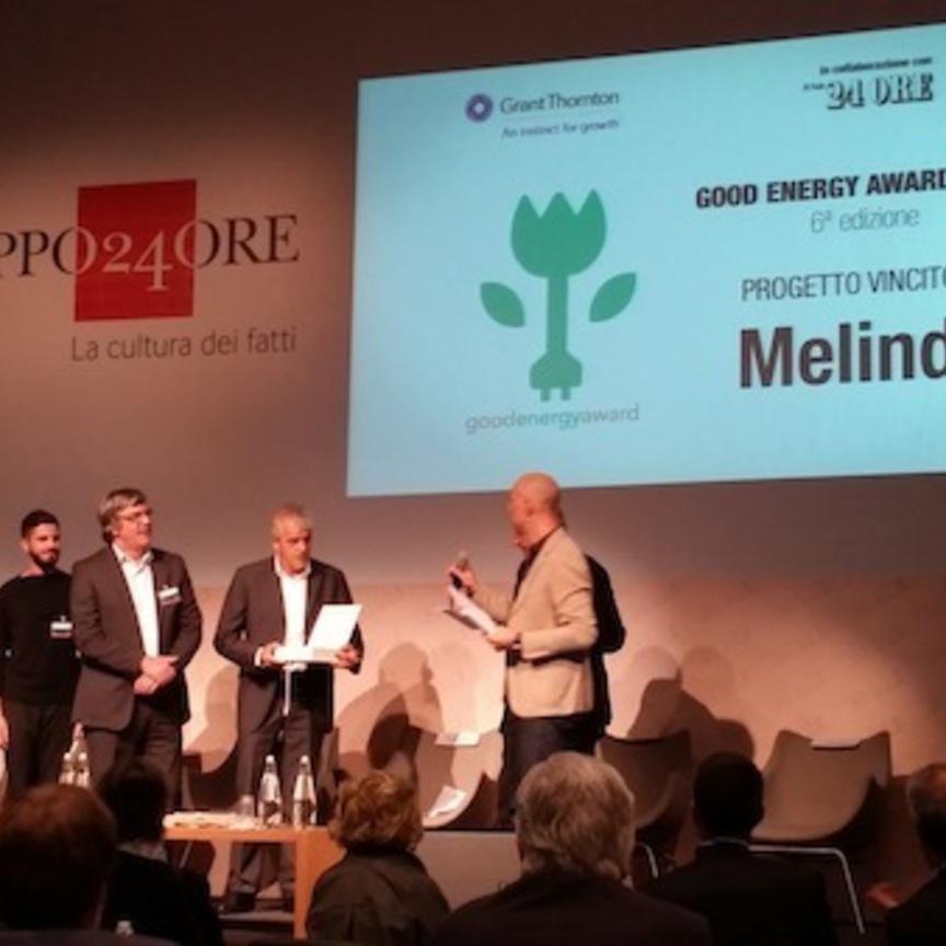 Melinda riceve un premio per l'impegno ambientale
