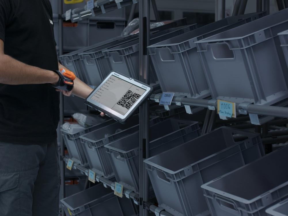 Panasonic: partnership con ProGlove per migliorare le proprie soluzioni per la supply chain