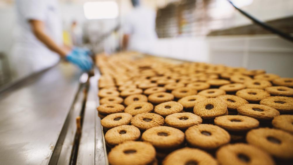 Intesa Sanpaolo finanzia i dolci responsabili di Lago