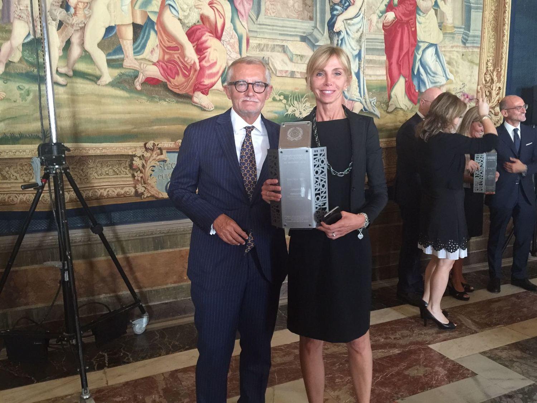Unes vince il premio nazionale per l'innovazione nei servizi di Confcommercio