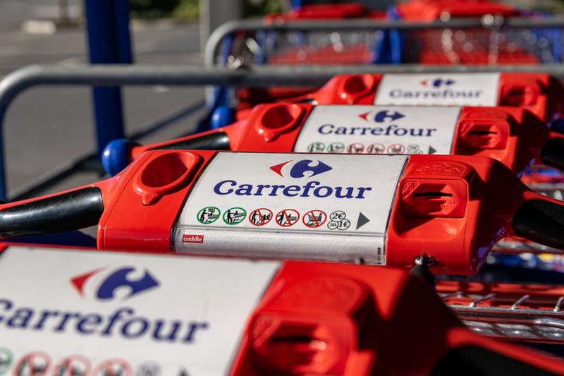 Salta il progetto di fusione Auchan-Carrefour