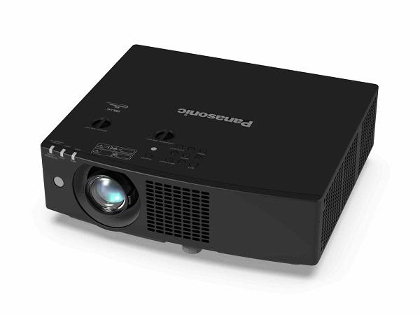 Panasonic annuncia la serie di proiettori laser Lcd portatili di piccole dimensioni