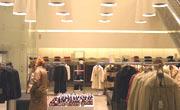 Italiani amanti dello shopping e delle fibre naturali