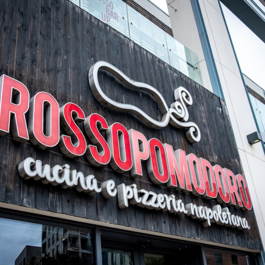 Rossopomodoro: le nuove aperture fioccano con Grandi stazioni retail