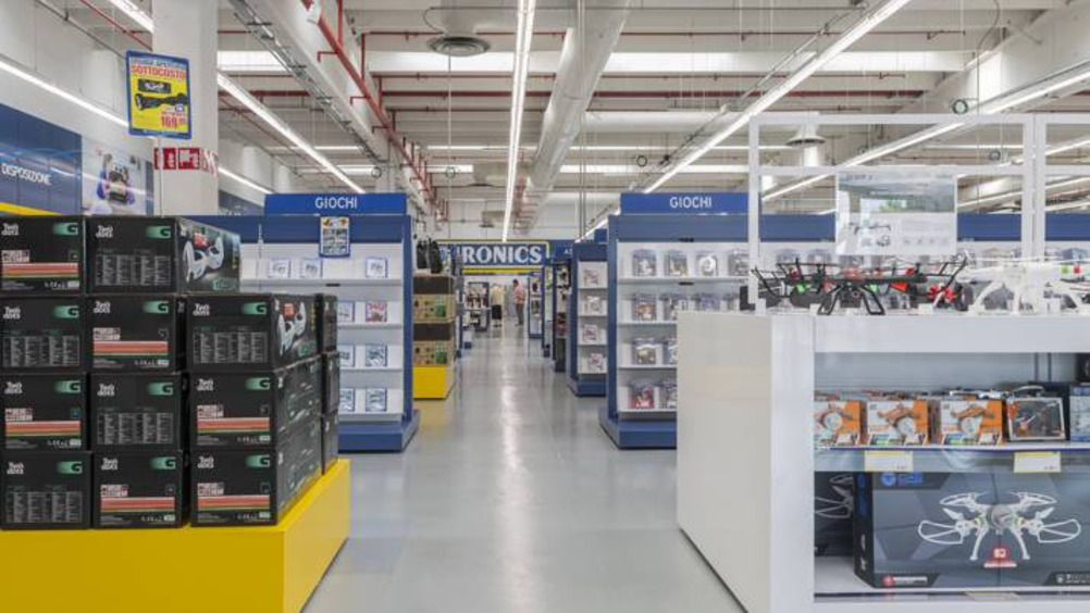 Cefla Shopfitting allestisce il nuovo store Euronics di Vimodrone (Mi)