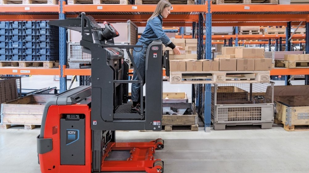 ​Linde Material Handling: nuovo commissionatore V08