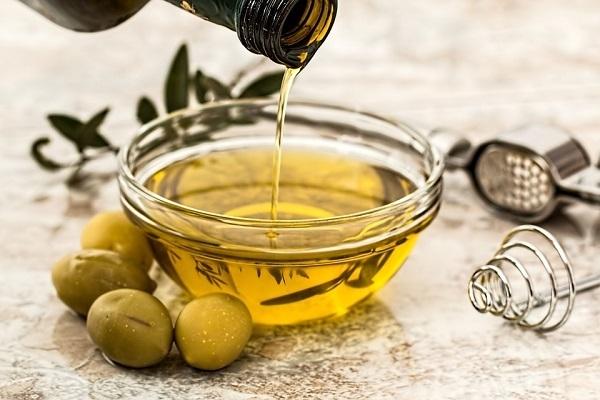 Olio d'oliva: Ue rassicura l'industria sul rischio dazi