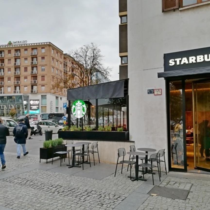 Starbucks programma 25 locali a Milano