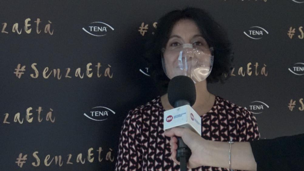 Tena presenta la nuova campagna di comunicazione #senzaetà