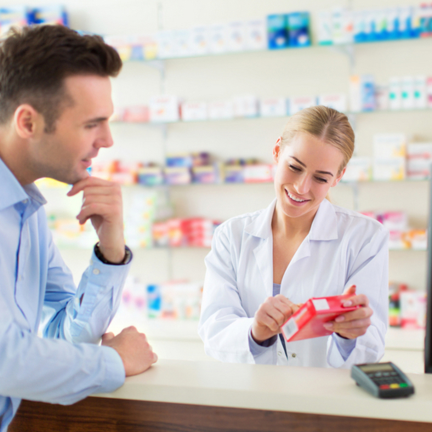Coop Alleanza e Lombardia cedono Pharmacoop a LloydsFarmacia