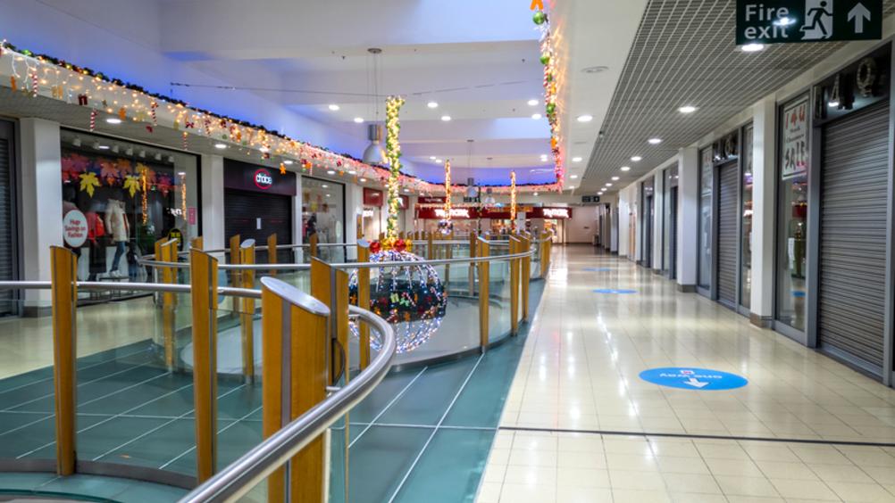 Il dicembre nero dei centri commerciali: -75% di vendite