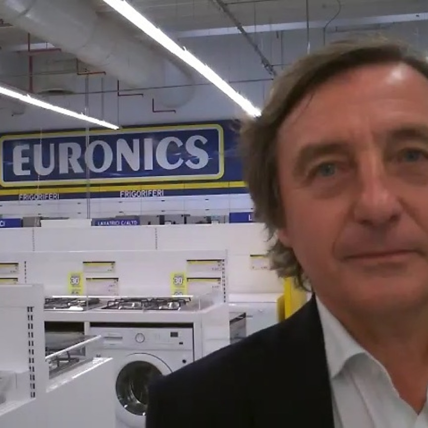 Euronics: meglio il negozio fisico o quello online?