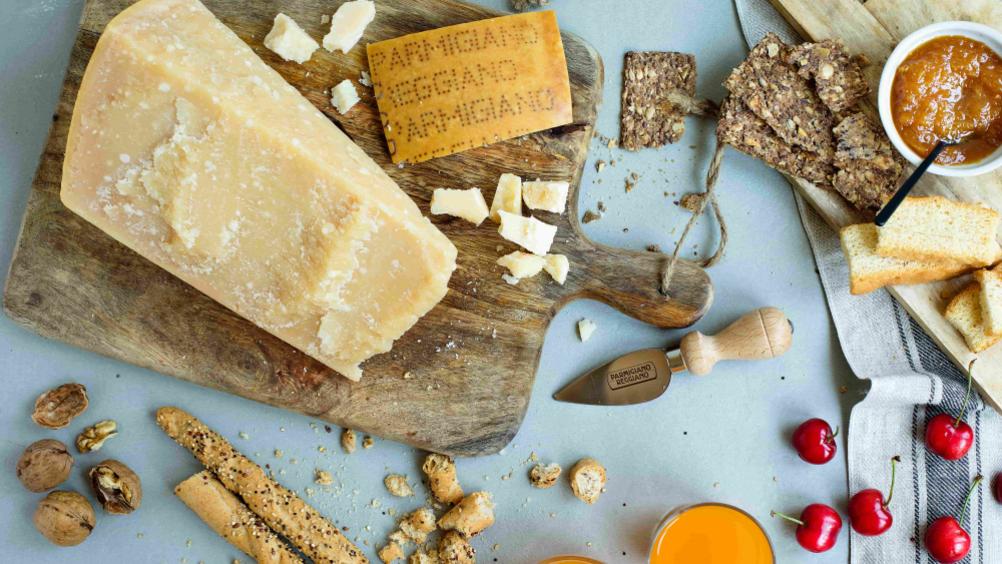 Parmigiano Reggiano con Armani è il brand più amato in Italia