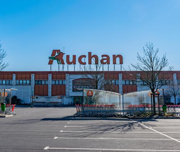 Auchan retail France taglia 517 posti di lavoro