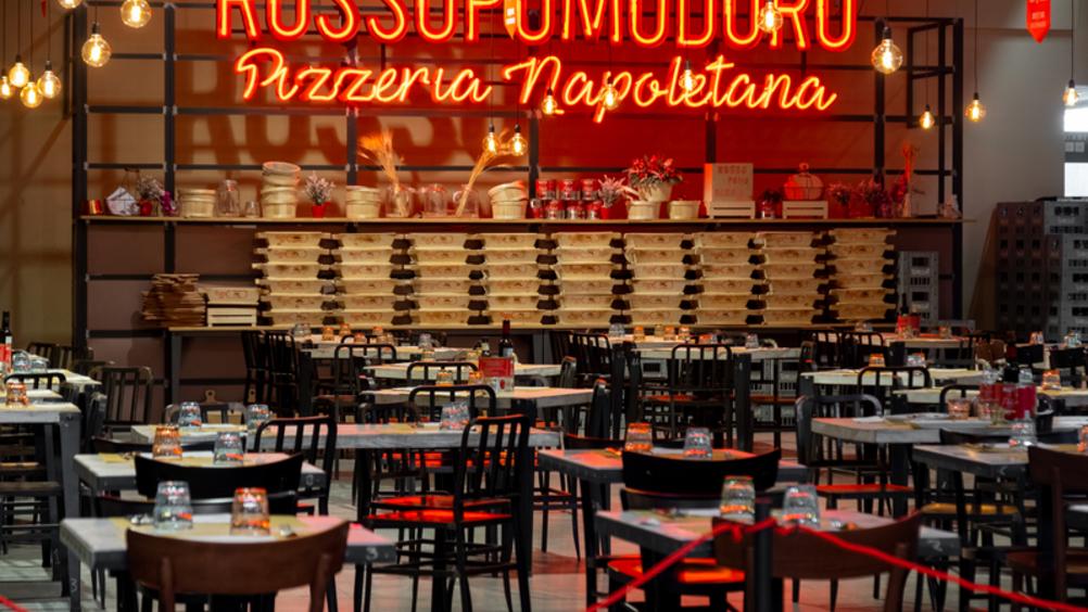 Rossopomodoro e Ferrarelle in partnership
