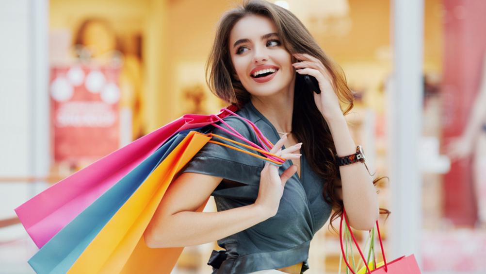 Centri commerciali: +29 per cento con le riaperture nei week end