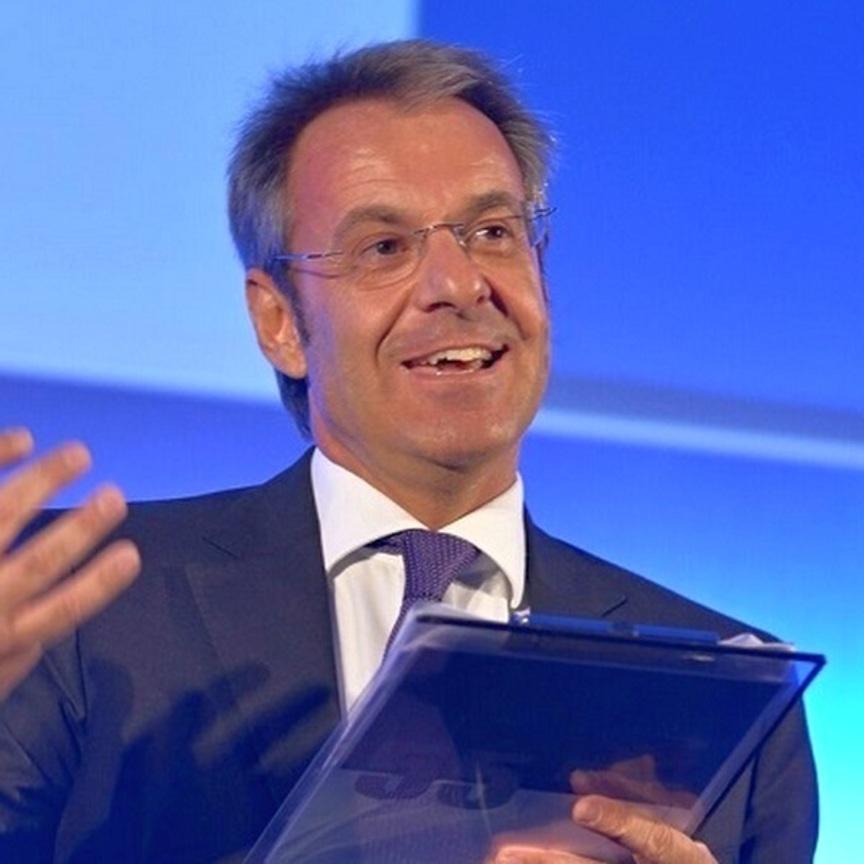 """Giorgio Santambrogio: """"Il vero gol è l'indipendenza della Mdd"""""""