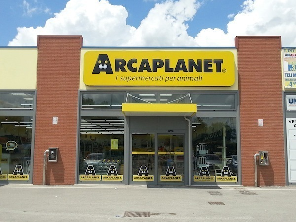 Arcaplanet passa al fondo Permira