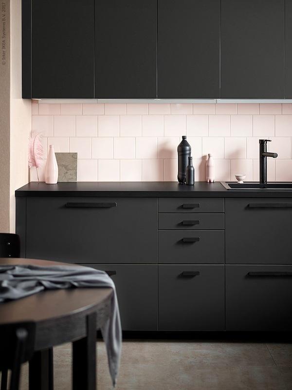 Ikea presenta le nuove ante kungsbacka | Distribuzione Moderna