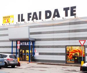 Il Nuovo Brico Ok, Inaugurato Poche Settimane Fa A Galliate, In Provincia  Di Novara, Si Estende Su Una Superficie Di 2000 Metri Quadri E Presenta Un  ...