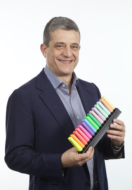 Stabilo vicina alle famiglie con i mandala da colorare