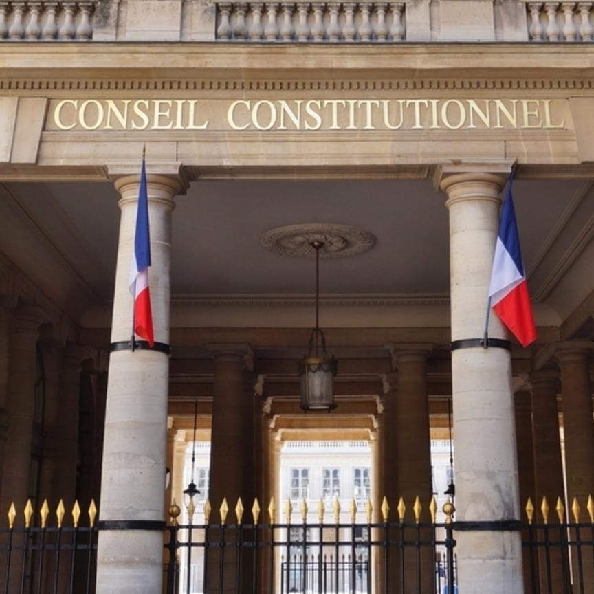 Francia: sospeso il green pass per i centri commerciali