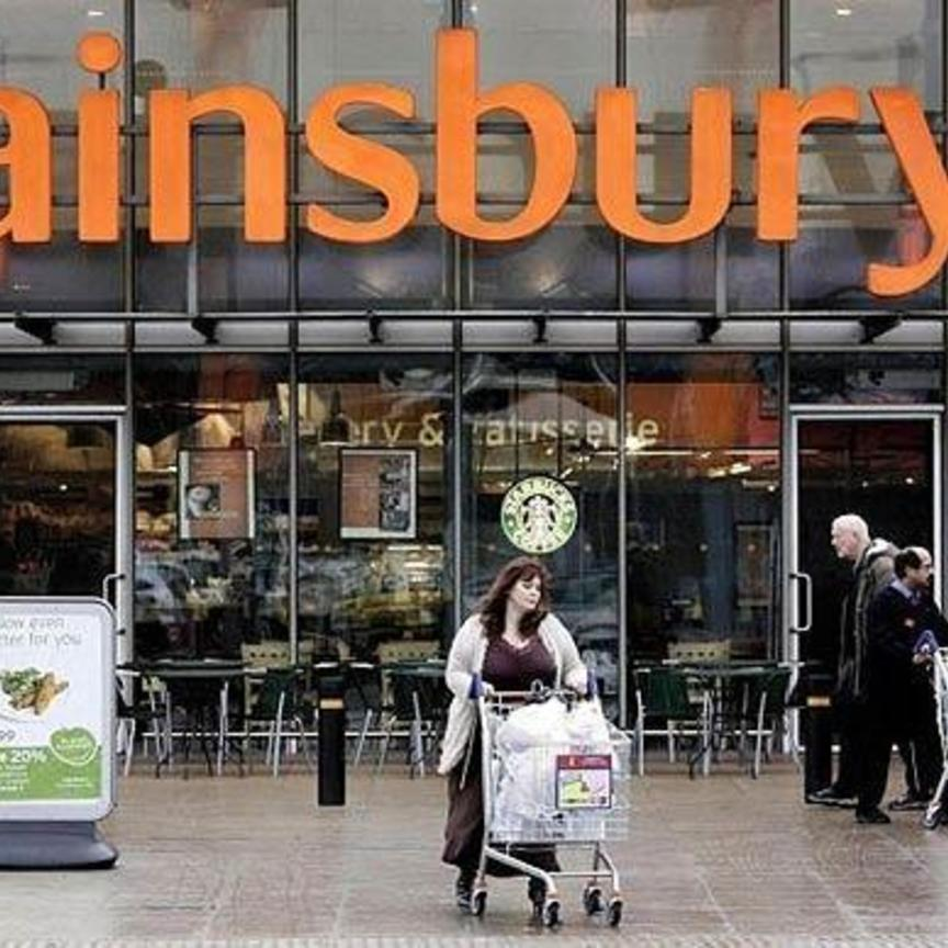 Sainsbury cresce per 6 semestri di fila
