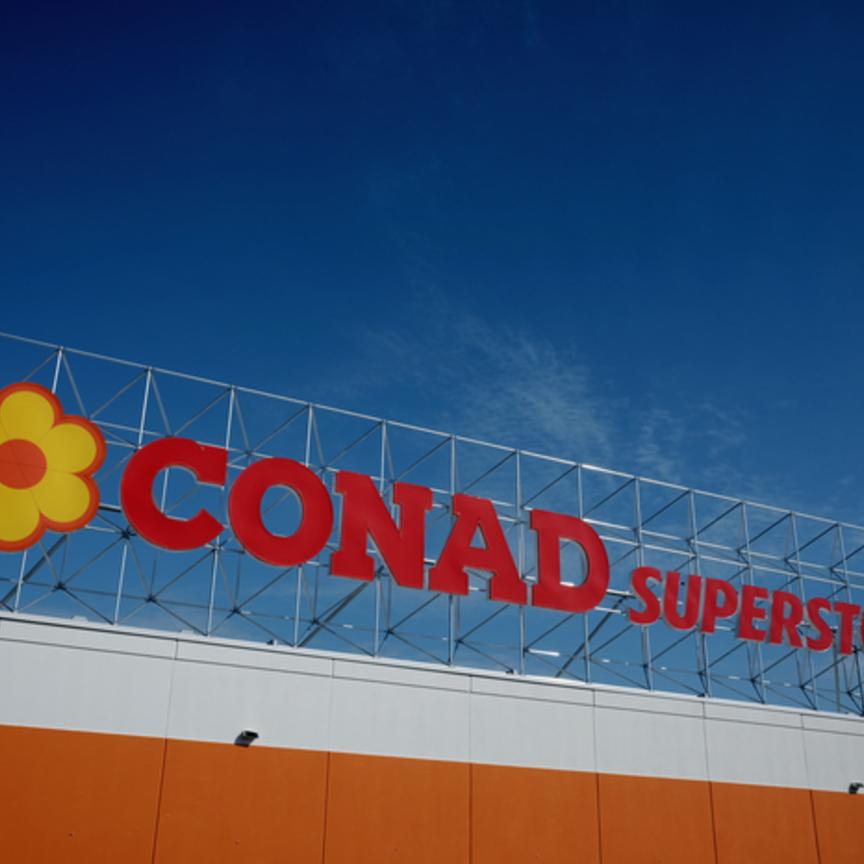 Sei ipermercati Finiper passano sotto insegna Conad