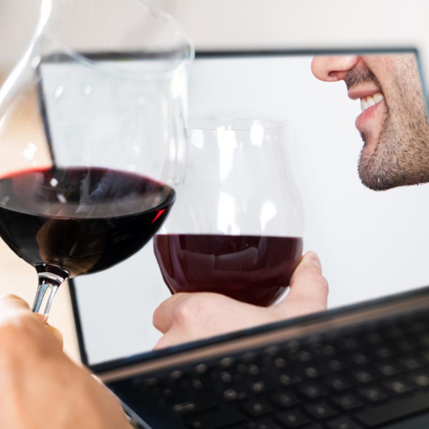 I vini online mantengono la tripla cifra anche nel primo semestre